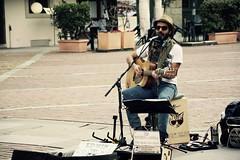 Bergamo Alta - 122 (Gaetano Prisco) Tags: street italy strada italia guitar voice vocalist alta bergamo guitarist harmonica kazoo chitarra citt cantante voce chitarrista