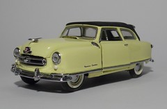1950 Nash Rambler Custom Convertible (12) (dougie.d) Tags: usa scale car franklin model mint bathtub hudson nash rambler cabrio 1950 modelcar cabriolet pininfarina 143 diecast kelvinator landau franklinmint airflyte automodel modelauto