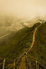 Haiku Stairs (raven nawpar) Tags: clouds stairs hawaii heaven haiku oahu stairway descend