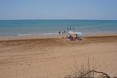 spiaggia privata (gpila) Tags: mare sicily spiaggia sicilia sabbia solitaria ionio ombrellone