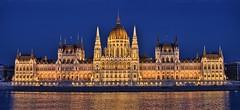 Parliment, Budpest, Hungary (ott.geoffrey) Tags: light building twilight europe hungary dusk budapest parliment danube