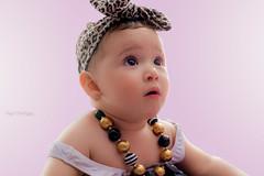 PAULINA (diegofrodrigezphoto) Tags: kids canon vintage retrato 85mm bebe photograpy pialito