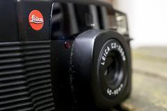 Leica C2 - Zoom (Arne Kuilman) Tags: camera leica macro closeup close near 8 olympus pointandshoot c2 reddot macrophotography em10 4090 rokinon leicac2zoom 4090mm rokinonultrawidemacro