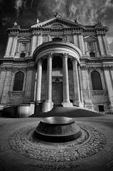St Pauls Cathedral - London (richardsercombe) Tags: st night cathedral pauls doorway richard sercombe