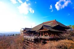 Kiyomizu-dera Temple (sypluso) Tags: winter sky sunshine japan kyoto fujifilm tample  kiyomizudera 14mm xt1