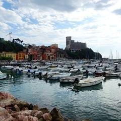 #Lerici #Liguria #Sea #Lungomare (Mek Vox) Tags: sea liguria lungomare lerici uploaded:by=flickstagram instagram:photo=7983113867616521867981272 instagram:venuename=lungomaredilerici instagram:venue=234468906