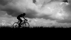 Solo (Eric Spies) Tags: blackandwhite bw white black holland netherlands monochrome bike bicycle contrast race mono noir alone cyclist zwartwit nederland bicicleta solo contraste ciclista sw fujifilm xc monochrom dijk schwarzweiss solitary bicyclette kontrast zwart wit weiss paysbas blanc contrasts velo schwarz dike olanda dique solitaire racer fiets niederlande cycliste renner bicicletta digue koers deich diga fietser contrasti contrasto rennfahrer kontraste allein radler wielrenner 1650 coureur radrennfahrer solitair racefiets contrasten paesibassi solitr koersfiets xt10 drielsedijk deeenzamefietser renfiets derenner radrenner