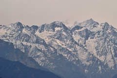 Storm prelude (_Amritash_) Tags: travel mountains weather clouds trek landscape himachal himalayas badweather stormclouds mountainrange mountainscape snowcappedmountains snowcappedpeaks mountainpeak himalayanlandscape travelinindianhimalayas exploringinfinity ragntharthatch