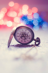 we had the right love at the wrong time (Rana | FotoGraf - Bokeh Queen ) Tags: morning blue red love vintage 50mm gold nikon dof sad heart time bokeh quote song watch indoor depthoffield quotes pocket wonderland 50mmf18d timer aliceinwonderland pocketwatch barrymanilow 50mm18 50mmf18 pocketclock wrongtime nikon50mm18d bokehlicious nikond90 bokehmadness watchnecklace bokehobsession pocketwatchnecklace nikond9050mm18 rightlove watchonhand pockettime rana|fotograf ranaphotography wehadtherightloveatthewrongtime
