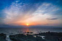 Arasaki setting sun (shinichiro*_back) Tags: japan evening spring twilight dusk april kanagawa crazyshin 2016  sd1m sigmasd1merrill sigma18300mmf3563dcmacrooshsm 20160420sdim1772