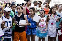 Elisngela Leite_Redes da Mar_4 (REDES DA MAR) Tags: americalatina brasil riodejaneiro mare biblioteca infantil favela cervantes ong leitura novaholanda complexodamare preparatorio elisngelaleite mariaclaramachado contaodehistoria redesdamare nenhumamenos turmadeespanhol