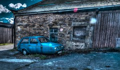 Reliant (tubblesnap) Tags: blue building robin car kitten fuji dynamic farm regent range hdr regal rialto hough reliant tonemapped tonemapping xs1 tubblesnap