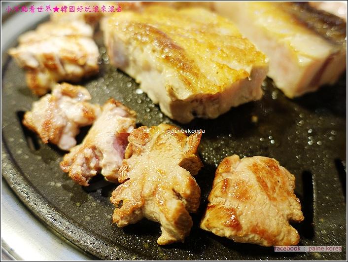 首爾新設洞肉典食堂烤肉 (22).JPG