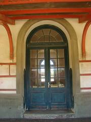Estacin de Trenes de Ro Branco (Gijlmar) Tags: door southamerica uruguay puerta porta porte tr deur amricadosul riobranco uruguai drzwi amriquedusud  amricadelsur dvee urugwaj