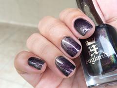 Incense Burner + Virgin Queen - A England (Daniela Mayumi M.) Tags: princess nail nails nailpolish unhas incenseburner unha esmaltes esmalte naillacquer moyou virginqueen aengland moyoulondon