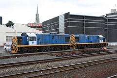 DJ1227 & DJ 1209 (ambodavenz) Tags: new electric train dj diesel rail loco class zealand dunedin locomotive heavy railways mitsubishi industries