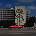"Che- Plaza de la Revolucion <a style=""margin-left:10px; font-size:0.8em;"" href=""http://www.flickr.com/photos/14315427@N00/24735848649/"" target=""_blank"">@flickr</a>"