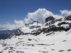Widok z Gran Astazu na Monte Perdido i Cilindro