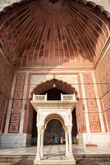 Grand Entrance to Jama Masjid (jeff_a_goldberg) Tags: india delhi muslim mosque unescoworldheritagesite unesco newdelhi chandnichowk jamamasjid shahjahan in olddelhi mughal masjidijahnnum