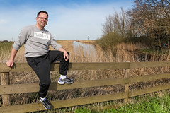 13/52 TN1 Blk/Prsn Vio/Wh (Meteorry) Tags: shadow white selfportrait man black holland male guy me netherlands amsterdam rural fence sweater europe afternoon ditch autoportrait north nederland violet moi sneakers trainers baskets april paysbas hash tracksuit aprsmidi airmax nord homme trackie noordholland noord selfie footlocker perian 2016 holysloot celio meteorry 52weeks skets foss pattas landelijknoord perrytak niketn airmaxplus 52semaines dorpsstraatholysloot airmaxplustxt
