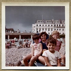 Wright family, 1967 holiday photo (The Wright Archive) Tags: uk sea england holiday english beach andy paul coast photo seaside 60s south 1967 wright 1960s debbie sixties batstone wrightarchive