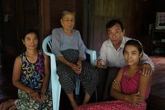 Mr. Michael Aung and his relatives (Michael Chow (HK)) Tags: myanmar bilugyun mawlamyine