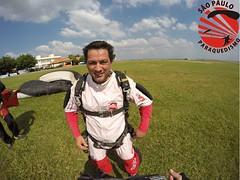 G0070718 (So Paulo Paraquedismo) Tags: skydive tandem freefall voo paraquedas quedalivre adrenalina saltar paraquedismo emocao saltoduplo saopauloparaquedismo