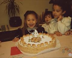 Compleanno di Flavia - 31 ottobre 1990 (cepatri55) Tags: cake 4 flavia compleanno torta 1990 vittoria badioli tausani