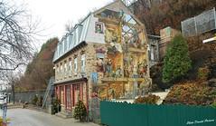 Fresque du Petit-Champlain. (donaldpoirier93@yahoo.fr) Tags: peinture qubec promenade paysage maison btiment couleur petitchamplain fresque peintre nikond60 inexplore