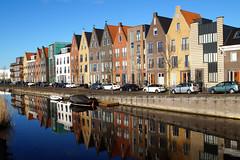 Durgerdamhaven (Dannis van der Heiden) Tags: city houses cars netherlands river colorful nederland bluesky brightcolors amersfoort vathorst laak amersfoortnoord