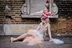 Waiting for love (The Green Album) Tags: woman beauty fashion feather boa editorial burlesque fse missaniela gracegray talulahblue tatizarubova fashionshootexperience sannatakalampi cleabroad