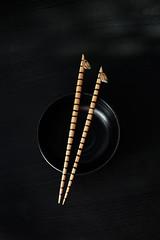 zebra-chopsticks (miyukim26) Tags: stilllife japanese melbourne bowl safari chopsticks zebra props foodphotography productphotography blackonblack ceramicbowl stilllifephotography alienskin foodstyling foodphotographer nikond600 exposure7 miyukimardon magmod maggrid magsphere