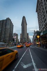 Flatiron building (Luca Proietti Photographer) Tags: city newyork manhattan taxi flatironbuilding canon1740 canon6d