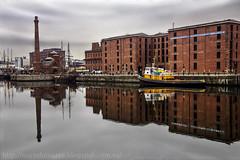 Liverpool (Nuria Domnguez) Tags: life inglaterra winter england sky beautiful ro liverpool river europa barco paisaje cielo reflejo moment mersey chimenea nuriadomnguez albertdockfabricaslandscape