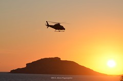The light at the end of the day (S. Alexis) Tags: sun mxico chopper nikon sundown helicopter mexique puestadesol mazatlan puesta sinaloa helicptero mexiko mazatln d5100