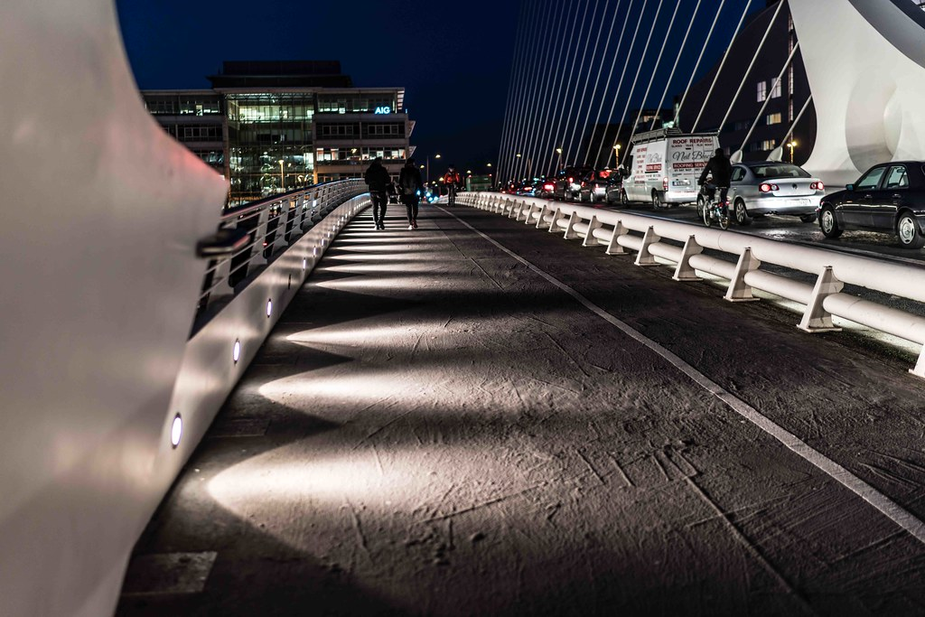 DUBLIN DOCKLANDS AT NIGHT [JANUARY 2016]-110832