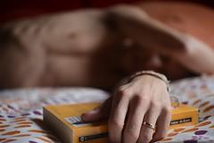 Siesta (Ramrosca) Tags: selfportrait macro nude book bed bedroom nap body libro siesta cama cuerpo desnudo nonnude desenfocado