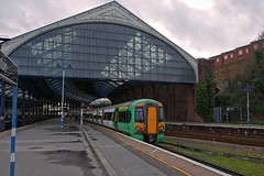 377460 (40011 MAURETANIA) Tags: train brighton transport southern emu britishrail unit 442 387 313 377 govia overallroof