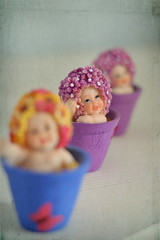Let's play! (S.A.photos) Tags: portrait game cute texture 50mm doll exposure dof child pastel depthoffield nikond3200