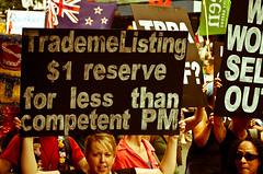 TPPA 2016-34 (domhartnett) Tags: newzealand democracy protest auckland aotearoa queenstreet skycity aoteasquare tpp tangatawhenua thisiswhatdemocracylookslike tppa tetiritiowaitangi thetreatyofwaitangi realchoice stoptpp tppanoway tranpacificpartnership itsourfuture noaltpp