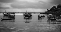 At the end of a grey day... (Cecilia A) Tags: itacaré orla praiadacoroinha barcos boats canoa bateaux chuva rain pluie lluvia canon canont3i canon600d ©ceciliaa