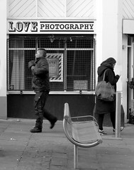 Do! (Merodema) Tags: street people woman man love bench photography do fotografie view bank together rue straat bankje samen