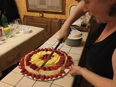 Torta di frutta (Emilio a Roma) Tags: dolce frutta compleanno torta nemi fragole