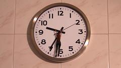 89/366: hung over time (Andrea  Alonso) Tags: selfportrait clock me time yo reloj 365 autorretrato minime horas miniyo 366 89365 89366