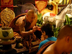 Chiang Mai, Thailand (Dec-2015) 04-168 (MistyTree Adventures) Tags: people thailand asia seasia monk buddhism blessing chiangmai nightphoto buddhistmonk panasoniclumix