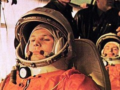 On this day in 1961, Yuri Gagarin became the first man to go to Outer Space. [428 X 321] #HistoryPorn #history #retro http://ift.tt/1UYR9Nl (Histolines) Tags: man history this day space go first 321 x retro yuri timeline outer 1961 gagarin on 428 became vinatage historyporn histolines httpifttt1uyr9nl
