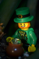 Pot of Gold (s.kosoris) Tags: macro gold nikon lego minifig stpatricksday leprechaun minifigure potofgold series6 skosoris collectibleminifigures collectibleminifigs d3100 nikond3100