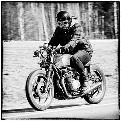 kawasaki_caferacer (Patrik hman) Tags: blackandwhite mc motorbike caferacer kawasaki
