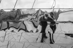 Meeting Frank I. (neerod81) Tags: architecture reflections fun friend meeting architektur düsseldorf rhein flickrmeeting medienhafen dus spiegelungen mediaharbor frankbusch jederzeitwieder whereisthetvtower