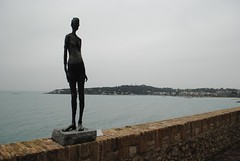 Germaine Richier statue overlooking Antibes (zawtowers) Tags: vacation holiday france art statue museum modern french bay coast town seaside riviera break pablo muse ctedazur historic resort coastal picasso expressionist friday overlooking antibes germaine richier april2016